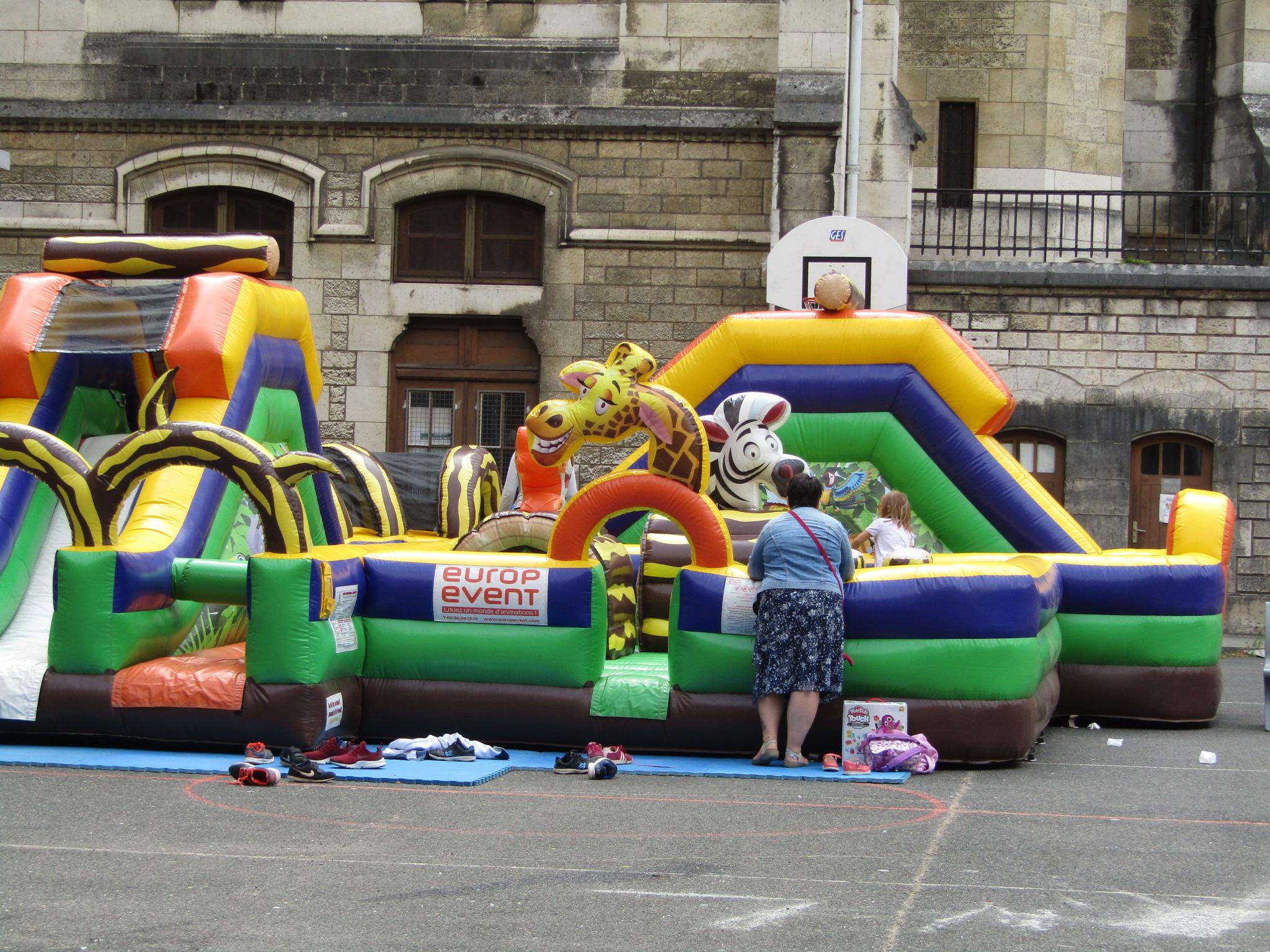 Structure gonflable de la kermesse Coup d'Pouce