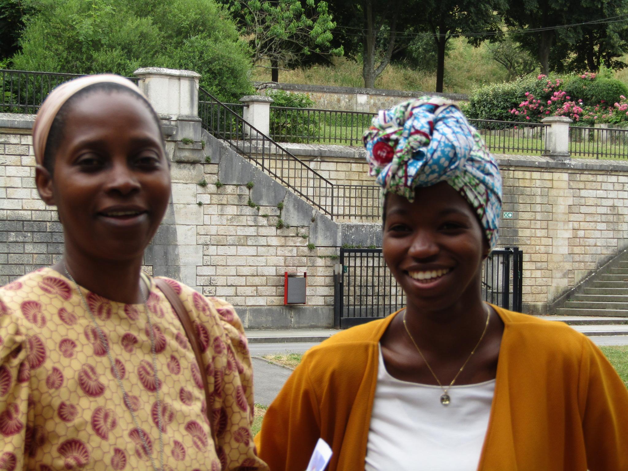 Soeur Sylvie et Assitan, monitrice-éducatrice